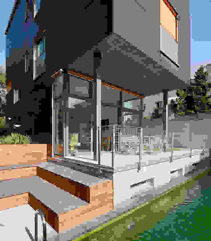 porche, playa y piscina Casas de estilo minimalista de hollegha arquitectos Minimalista