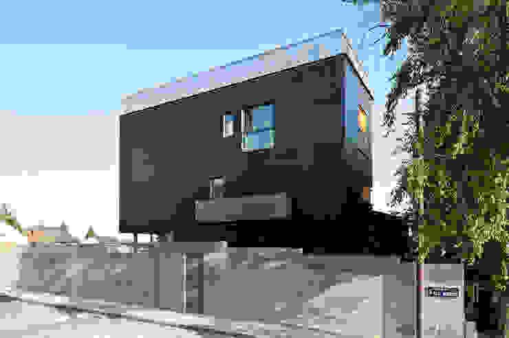 Maisons minimalistes par hollegha arquitectos Minimaliste
