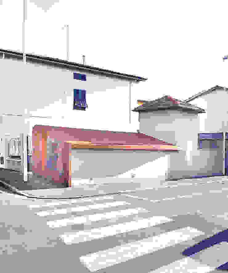 STUDIO Jacopo Cecchi designer di Jacopo Cecchi Designer Moderno