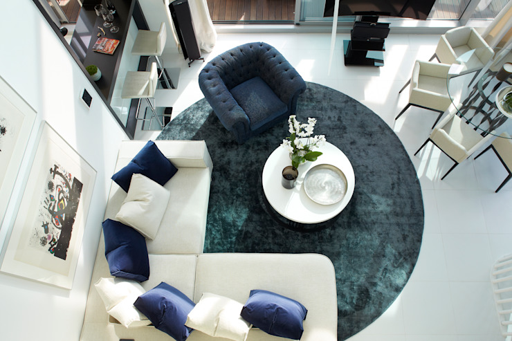 El mar en casa Salones de estilo mediterráneo de Molins Design Mediterráneo