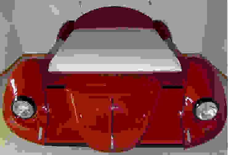 Käfer Bett Schlafzimmer von Automöbeldesign
