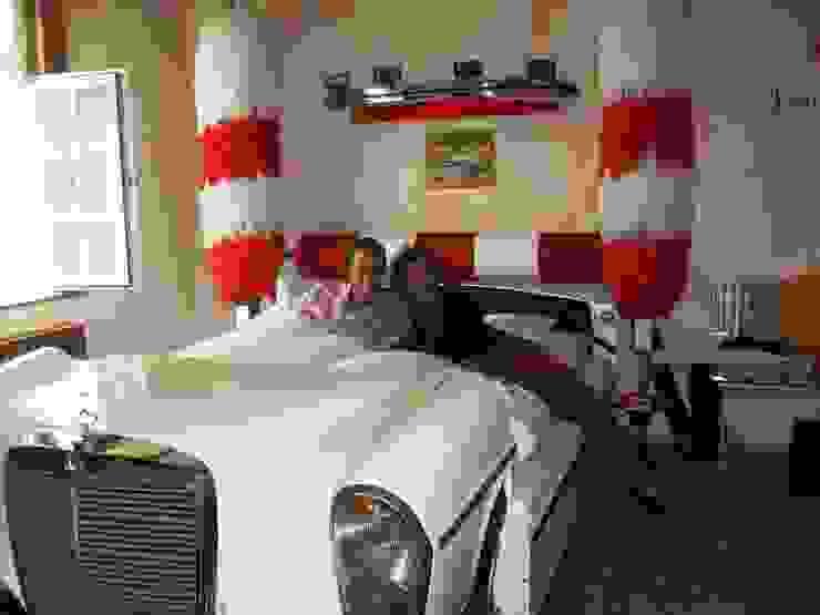 Mercedes Carwash Bett Schlafzimmer von Automöbeldesign