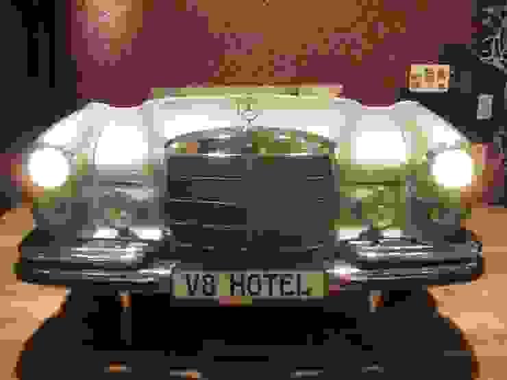 Mercedes W 109 Bett Schlafzimmer von Automöbeldesign