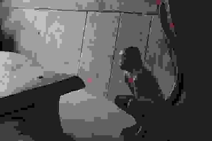 Sculptural Organic Handmade Bespoke kitchen Furniture Carved Wood Design Bespoke Kitchens. КухняШафи і полиці