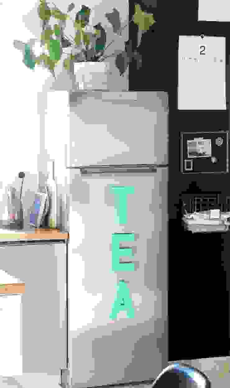 Kitchen update by Hege in France Scandinavian