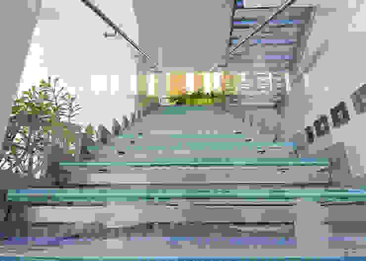 Scultura di vetro, acciaio e luce Ingresso, Corridoio & Scale in stile moderno di Lo Studio Mammini Candido Moderno