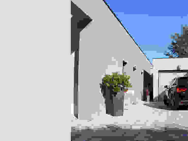 villa contemporaine Maisons modernes par julien blanchard architecte dplg Moderne