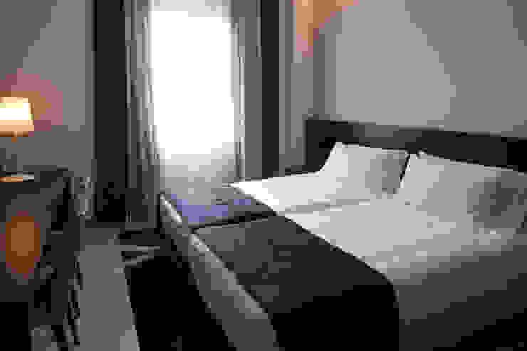 HOTEL MANIN_fase 3_2012 Hotel moderni di G*AA - Giaquinto Architetti Associati Moderno
