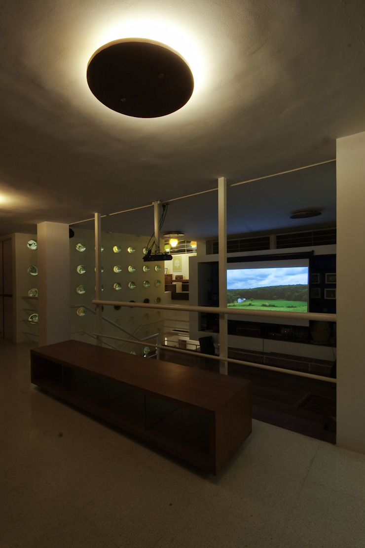 bridge overlooking the family room: modern  by Gaurav Roy Choudhury Architects,Modern
