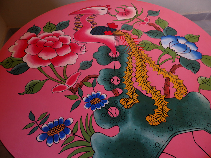 Peranakan plate coffee table: eclectic  by Art From Junk Pte Ltd,Eclectic