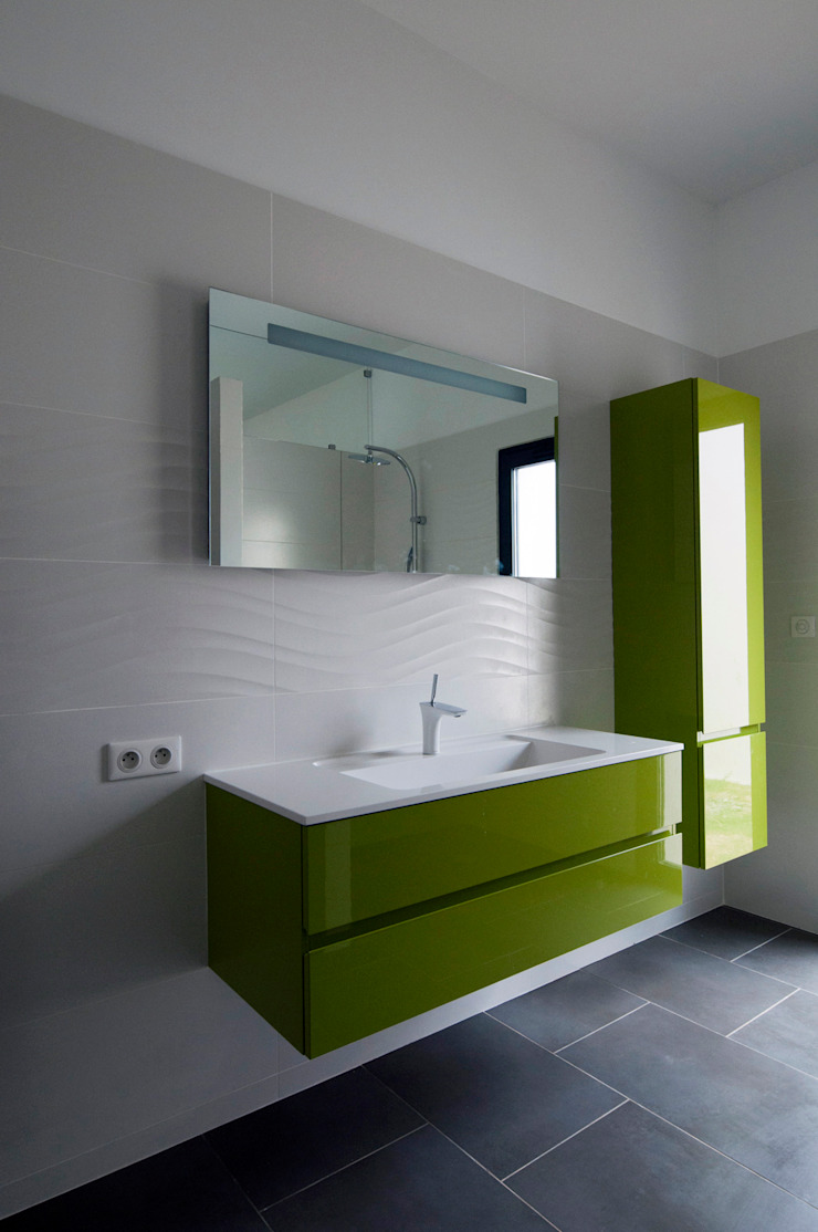 Salle de bain de la chambre principale Maisons minimalistes par Frédéric Saint-cricq Architecte Minimaliste