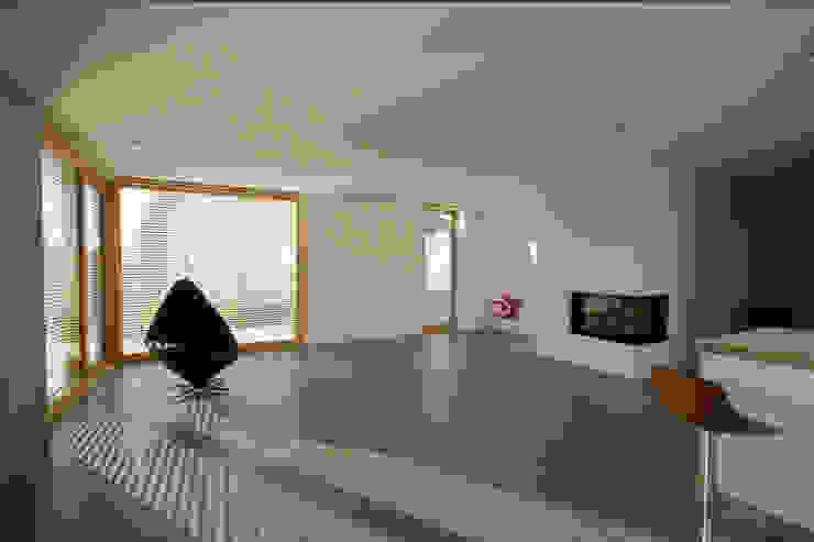 Beton 2+ Moderne Wohnzimmer von Udo Ziegler | Architekten Modern