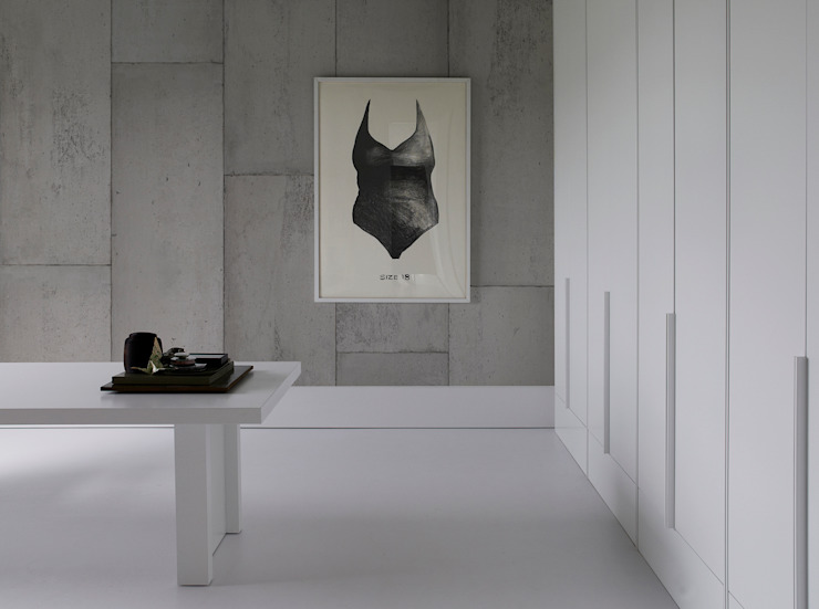 minimalist  by ROOMSERVICE DESIGN GALLERY, Minimalist