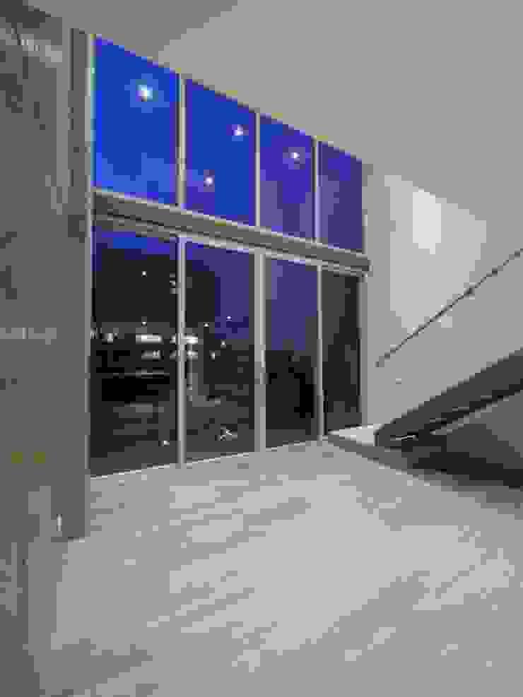 Modern Houses by Mimesis Desarrolladora Modern