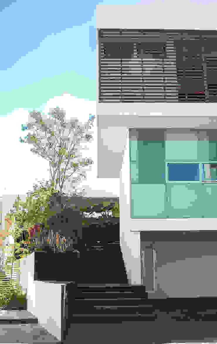 Detalle de fachada principal Casas modernas de TaAG Arquitectura Moderno