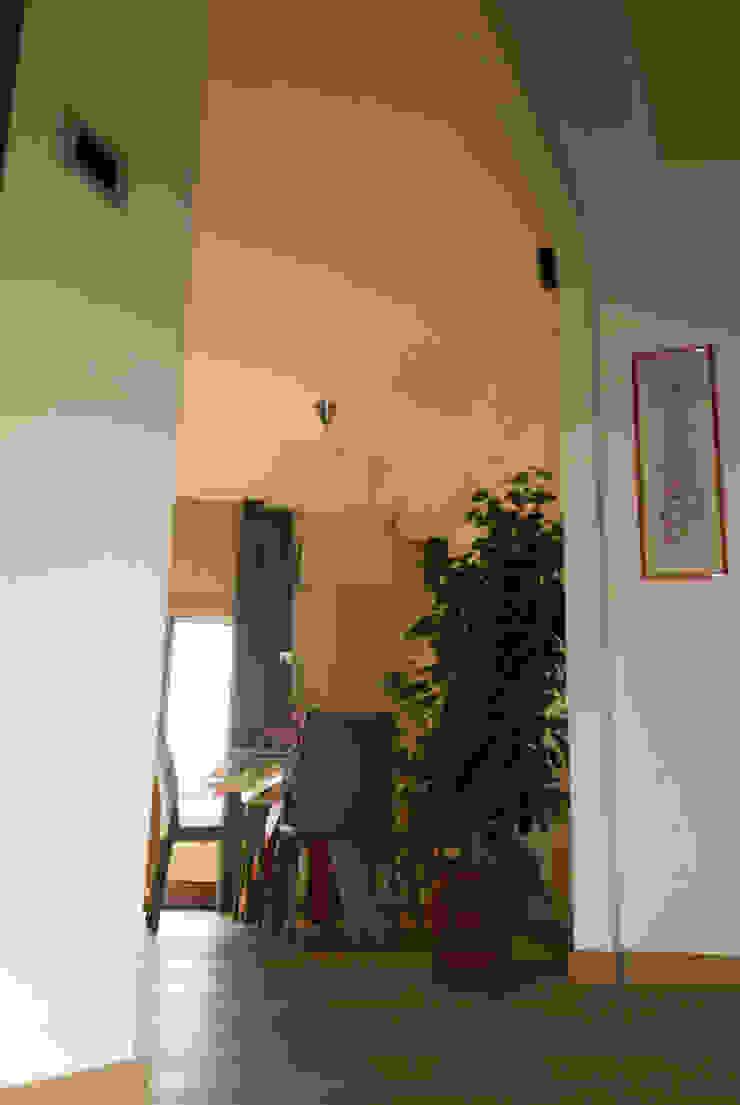 Ingresso e zona pranzo Case moderne di DANIELA MINGIONE ARCHITECT Moderno