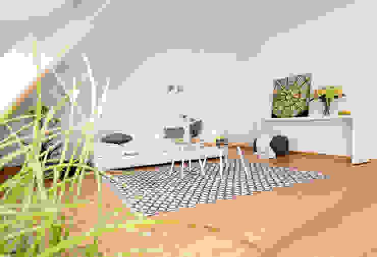 Wohnzimmer: modern  von Luna Homestaging,Modern