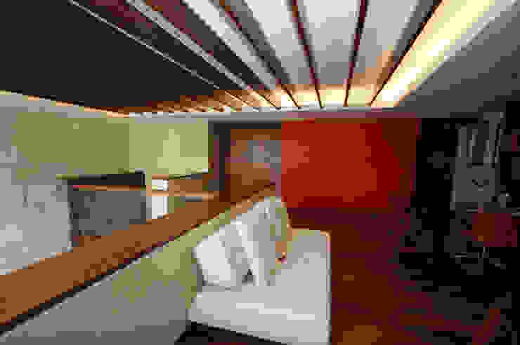 DEPARTAMENTO SANTA FE de Capitel Arquitectura Moderno