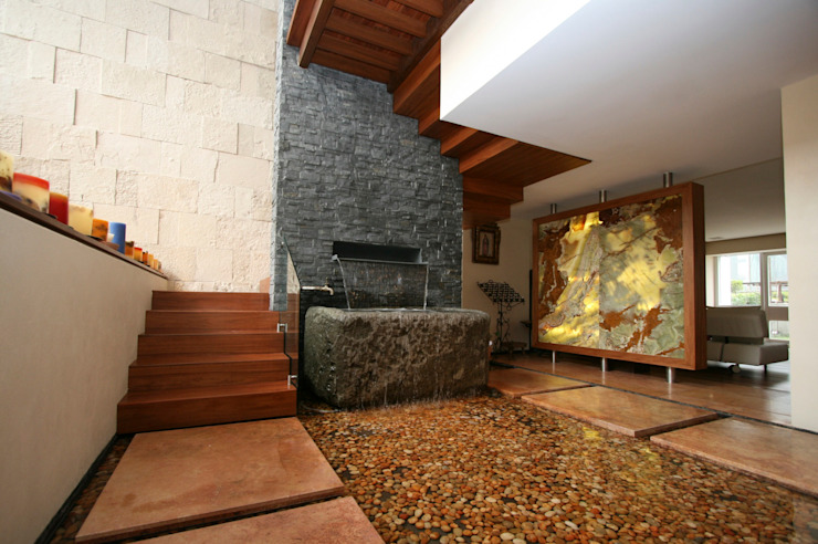 modern  oleh Capitel Arquitectura, Modern