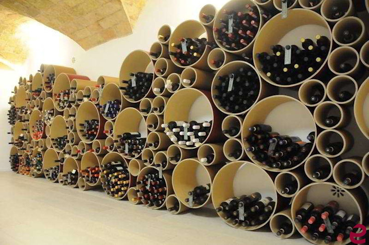Espositore per bottiglie in cartone riciclato Esigo 8 di Esigo SRL Moderno Carta