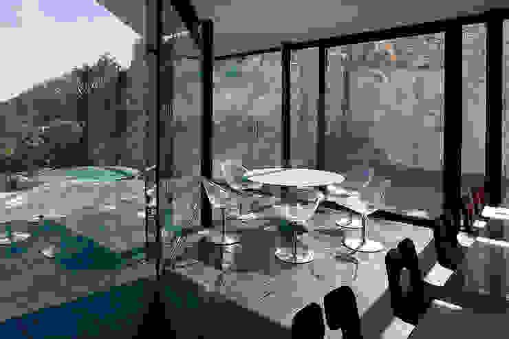 AIBS Salle à manger moderne par AABE Moderne