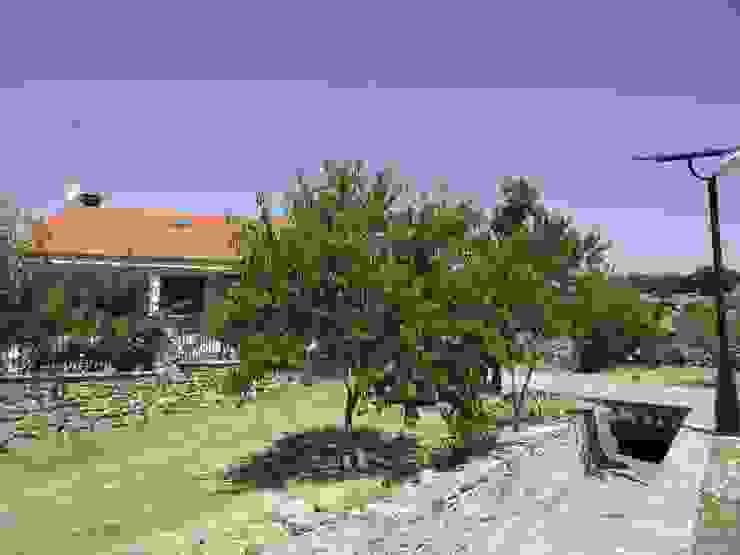VIVIENDA UNIFAMILIAR Casas de estilo rural de Meana Arquitectos Rural