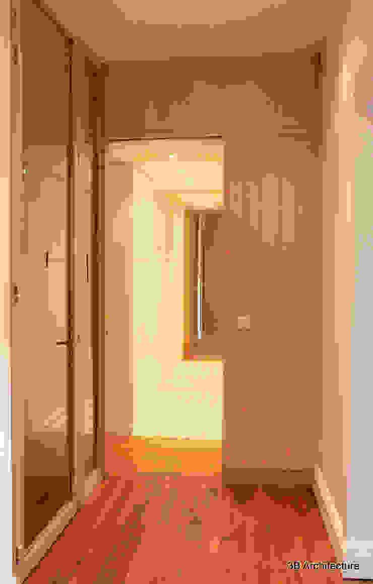 Couloir et Dressing Dressing moderne par 3B Architecture Moderne