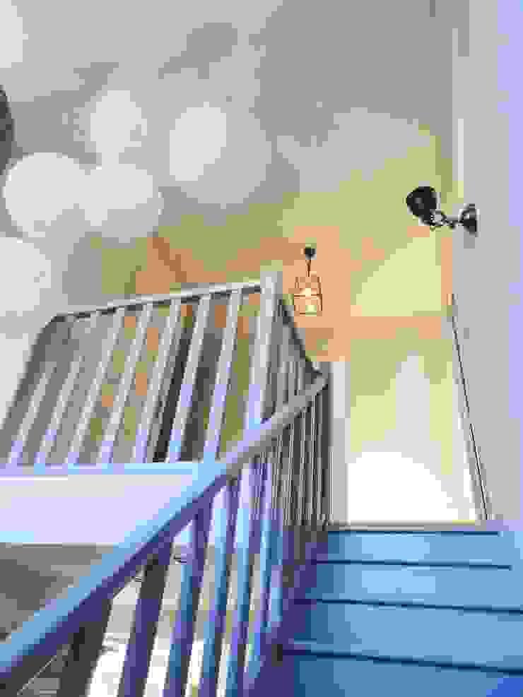 Restructuration d'un étage Chambre classique par agence ine Classique