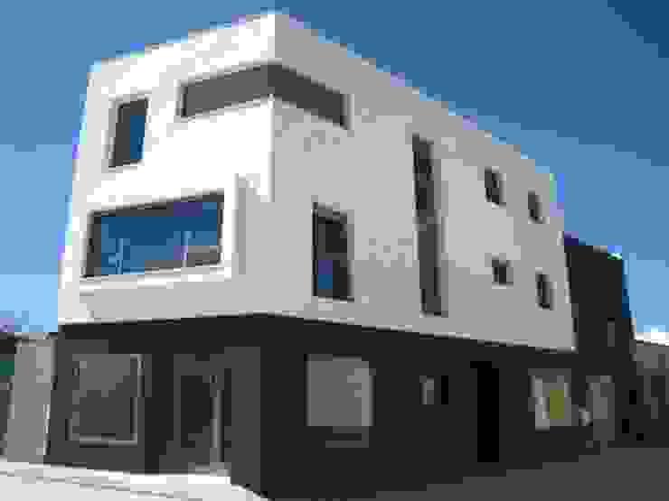 Vivienda 1033 Casas de estilo moderno de Estudio Dva Arquitectos S.l.p. Moderno