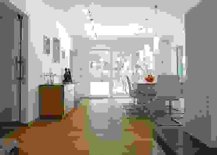 la casa como espacio vital Comedores de estilo moderno de hollegha arquitectos Moderno