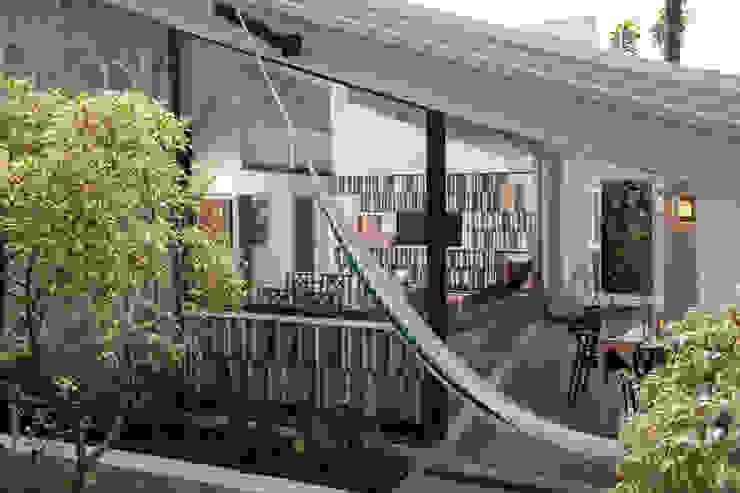 Remodelacion Casa Cuernavaca: Terrazas de estilo  por Taller David Dana Arquitectura, Moderno
