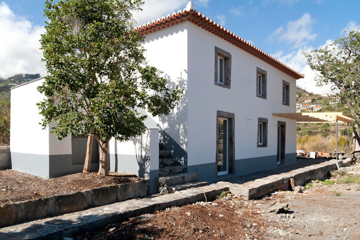Moradia Casa Corujeira Casas campestres por Mayer & Selders Arquitectura Campestre