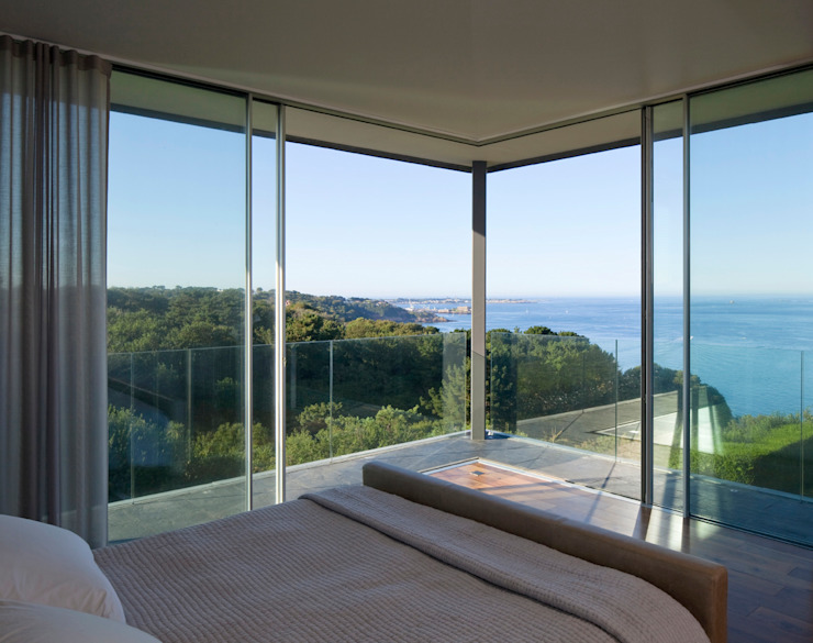 Couin de Vacque JAMIE FALLA ARCHITECTURE Modern windows & doors