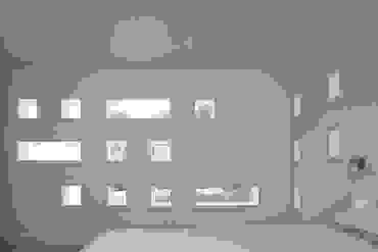 Le Foin Bas Modern walls & floors by JAMIE FALLA ARCHITECTURE Modern