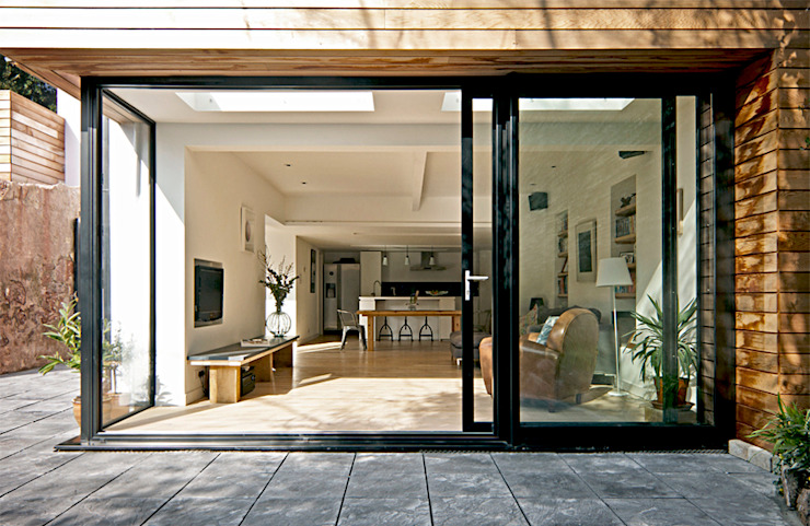 Headlands Cottage - Exterior Extension Modern windows & doors by Barc Architects Modern