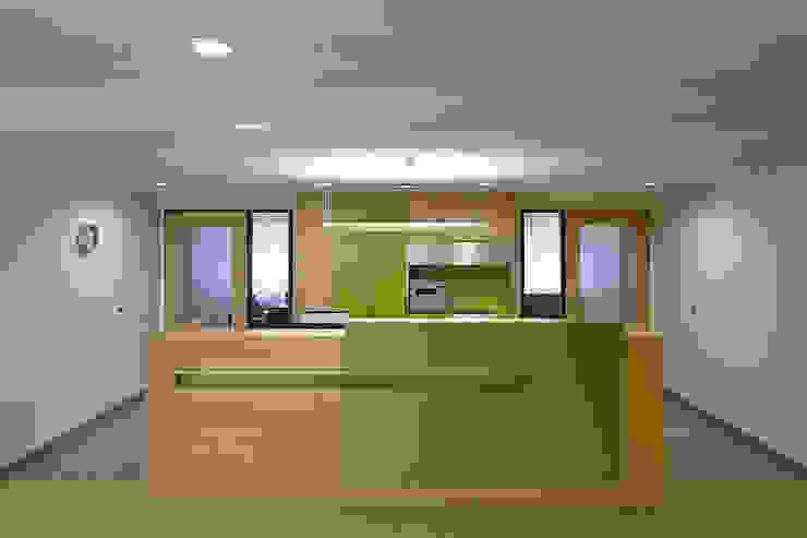 GPZ Detmold Minimalistische Krankenhäuser von BREITHAUPT ARCHITEKTEN Minimalistisch