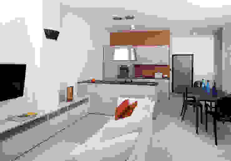 VIA CIPRO Soggiorno moderno di Flussocreativo Design Studio Moderno