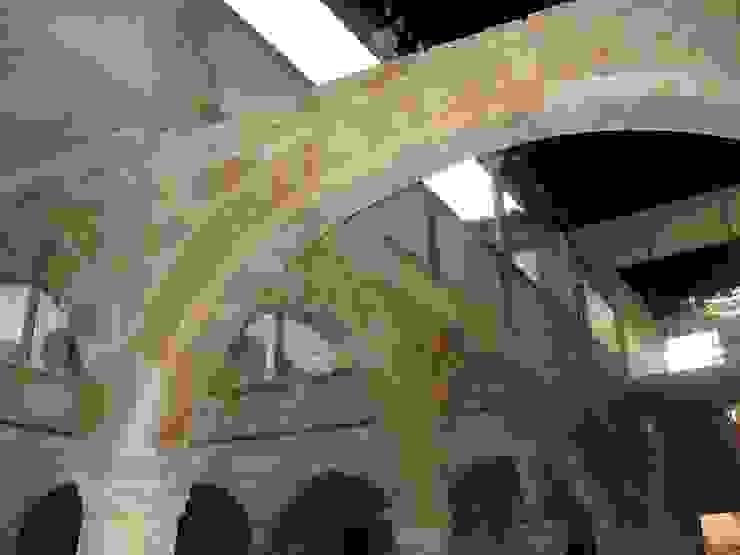 CASA DE LOS COLLADOS Casas de Estudio Dva Arquitectos S.l.p.