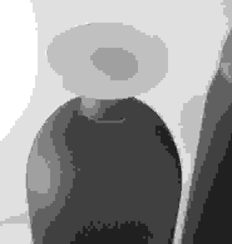 Amphore (détail) par Florence Bourel Minimaliste