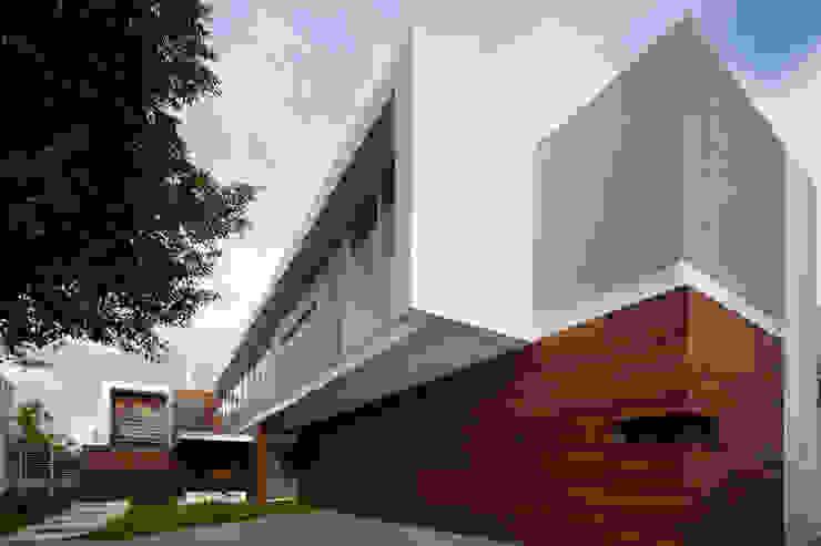 Casas de estilo  de Hernandez Silva Arquitectos,