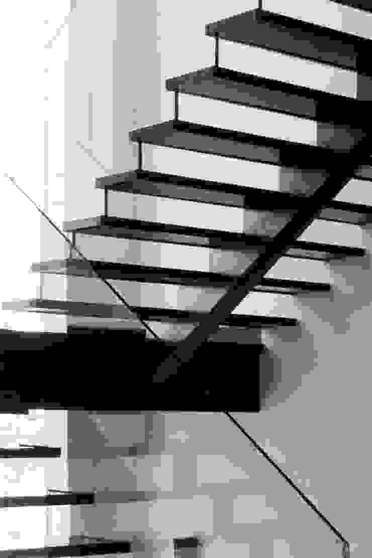 Residence at H2 Modern houses by Balan & Nambisan Architects Modern