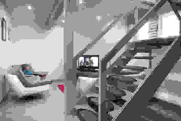 modern  by Myotte-Duquet Habitat, Modern
