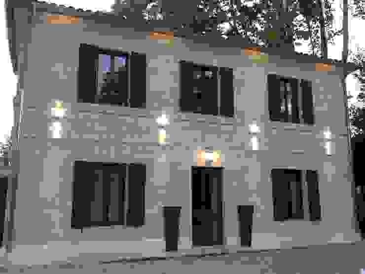 Maison d'hôtes en Vaucluse Maisons originales par AZ Createur d'intérieur Éclectique