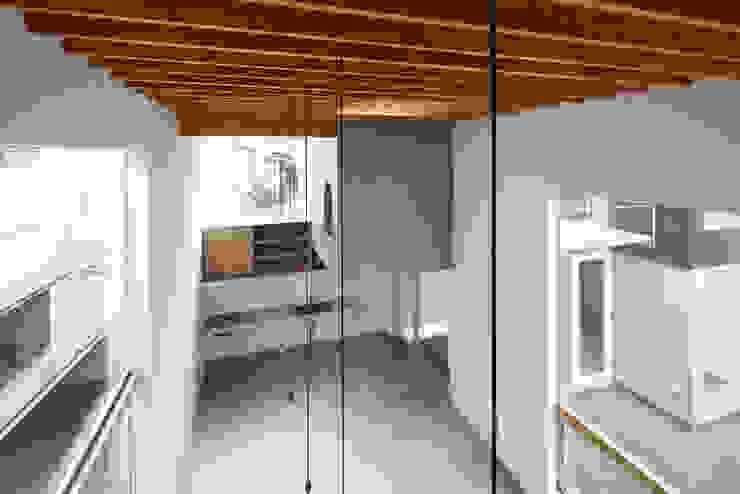 桜台の家 ミニマルデザインの リビング の 鈴木淳史建築設計事務所 ミニマル コンクリート