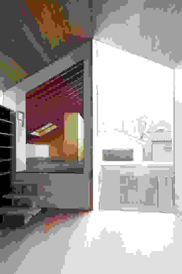 桜台の家 北欧デザインの リビング の 鈴木淳史建築設計事務所 北欧 木 木目調