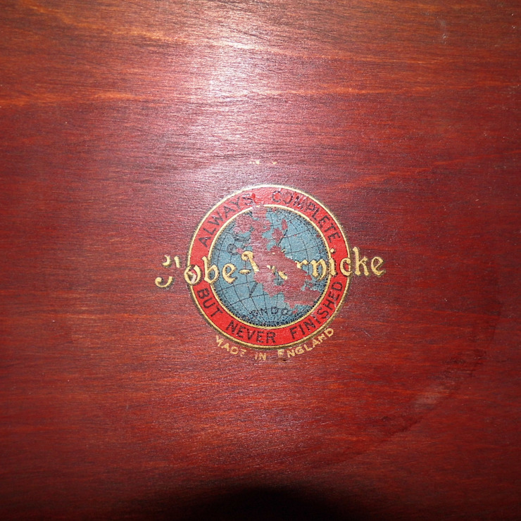 Globe Wernicke bookcase: classic  by Travers Antiques, Classic