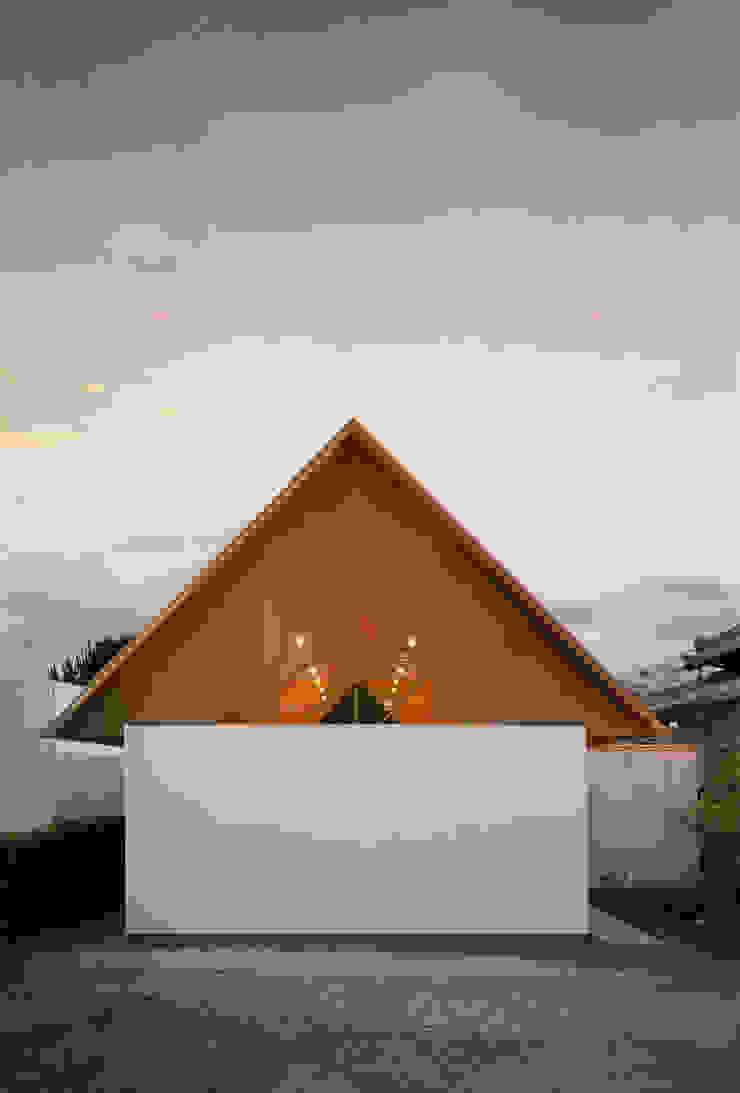 Koyanosumika ma-style architects Minimalist house