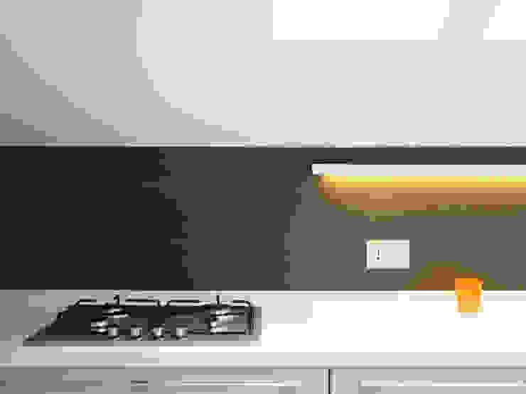 Casa Sabatini Case in stile minimalista di matteo avaltroni Minimalista