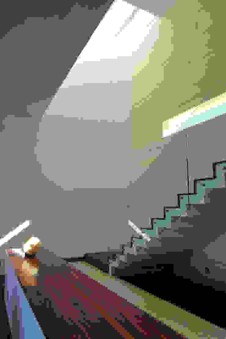 ze|arquitectura Couloir, entrée, escaliers modernes