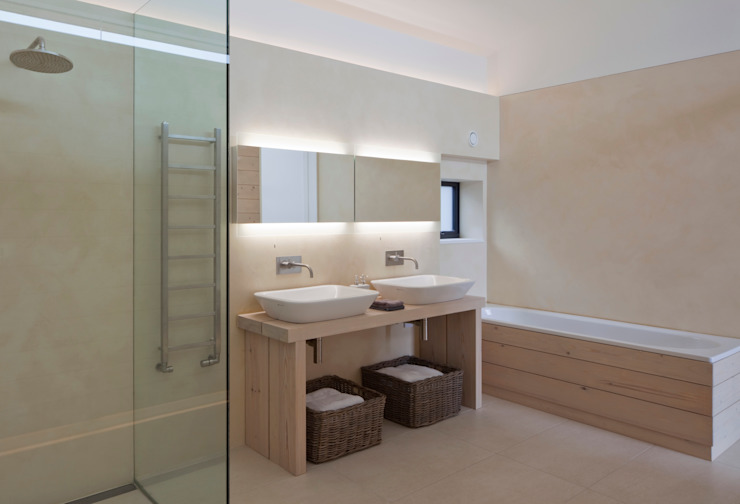 Le Portelet Modern bathroom by JAMIE FALLA ARCHITECTURE Modern